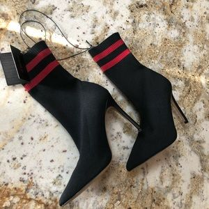 F21 sock booties sz 6. Brand new with tags!